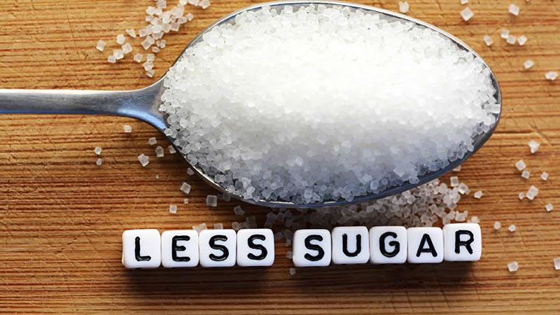 Người bị gan nhiễm mỡ nên kiêng ăn một số thực phẩm chứa nhiều cholesterol
