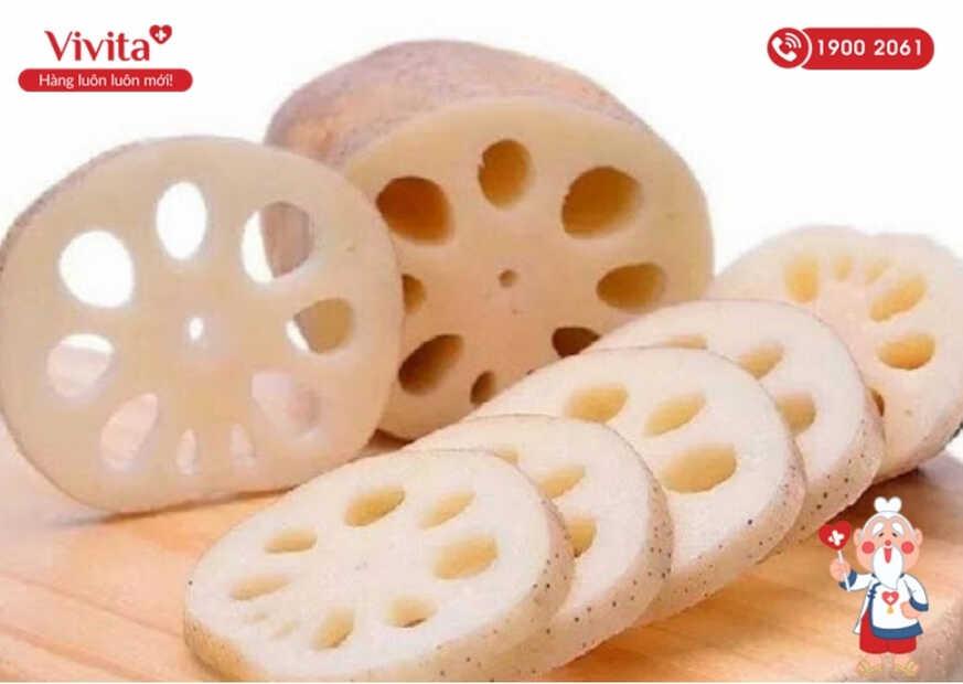 Trong Đông y, củ sen được biết đến là một loại thực phẩm mát gan được nhiều người ưa thích.