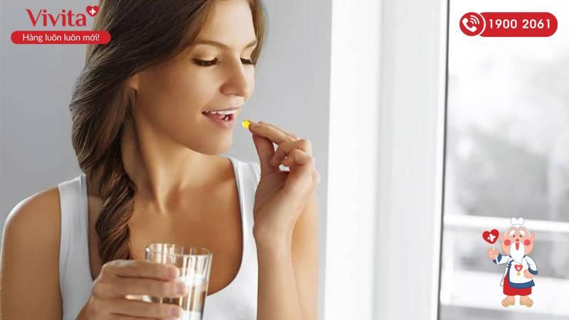 Mẹ bầu nên bổ sung vitamin tổng hợp từ giai đoạn chuẩn bị mang thai đến sau khi sinh