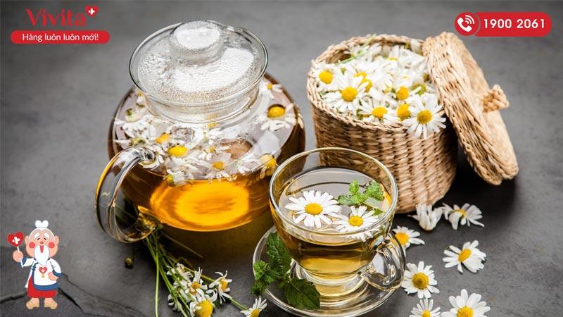 trà hoa cúc mát gan trị mụn