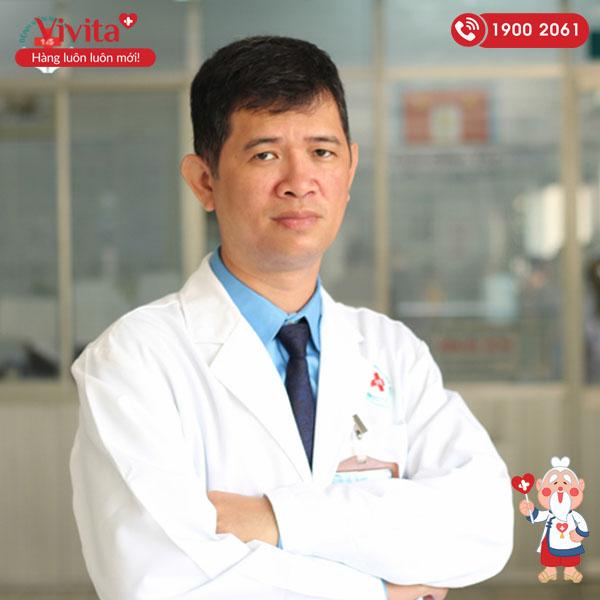 Bác sĩ Pham Đức Đạt