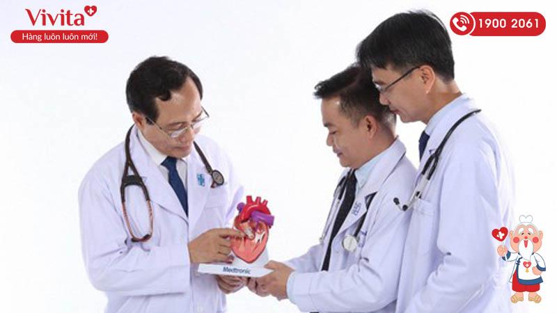 GS.TS.BS Trương Quang Bình - người dùng trái tim để sửa lỗi trái tim