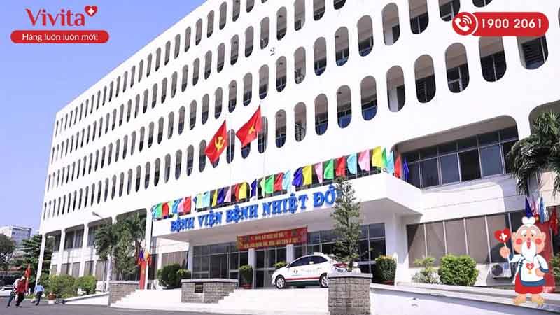 Tòa nhà chính Bệnh viện Nhiệt Đới
