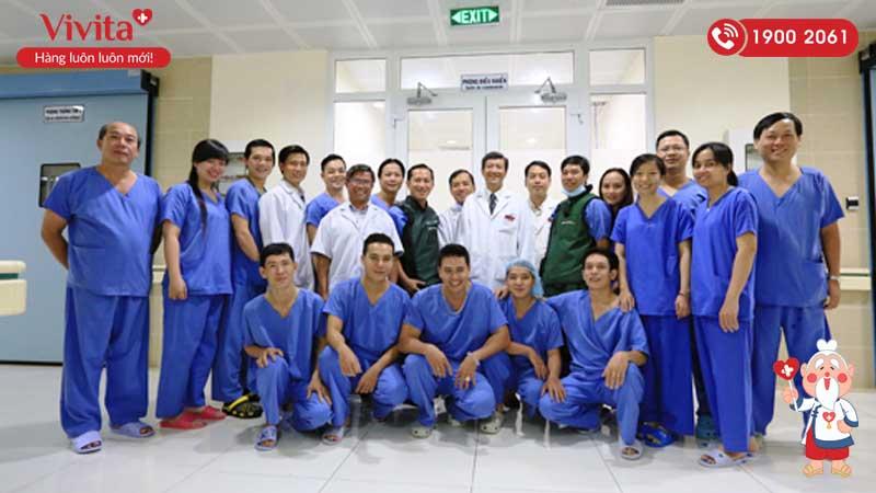 Đội ngũ y bác sĩ khoa Tim mạch can thiệp Viện Tim Thành phố Hồ Chí Minh