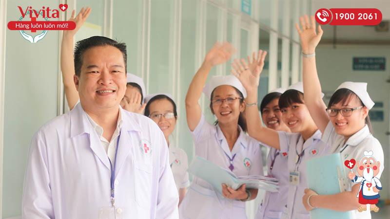 Đội ngũ y bác sĩ khoa Hồi sức Tim mạch bệnh viện Nhân dân 115