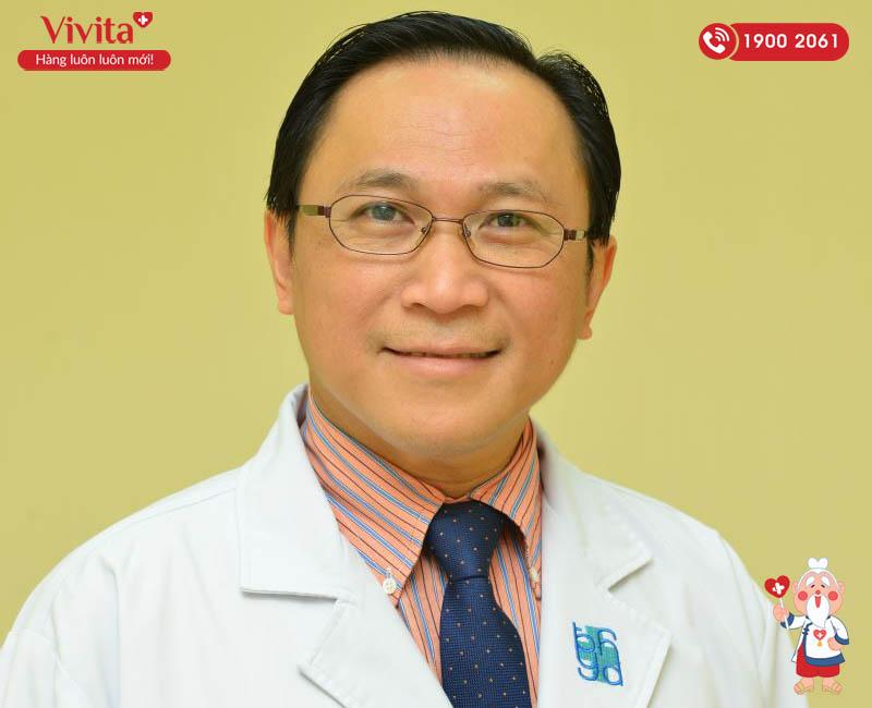 Bác sĩ Bùi Hữu Hoàng