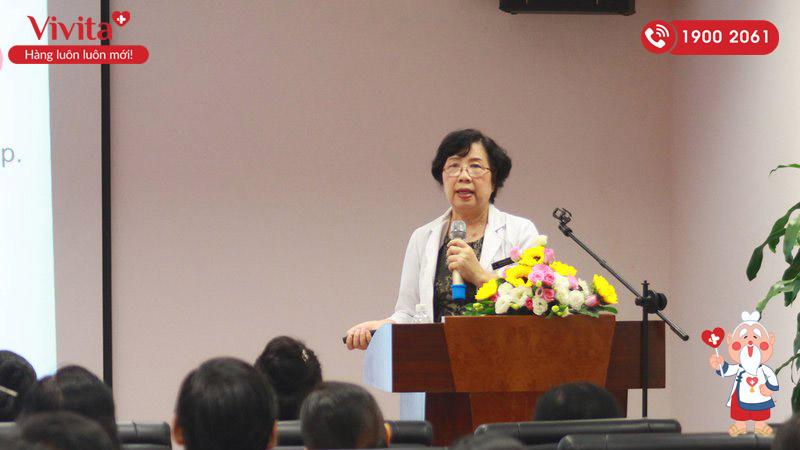 PGS.TS.BS Nguyễn Thúy Oanh phát biểu tại Hội thảo Tầm soát vi khuẩn Hp đề phòng ung thư dạ dày